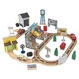 KidKraft 18015 Disney Pixar Cars 3 Circuito de madera Thomasville con 53 piezas de juego incluidas