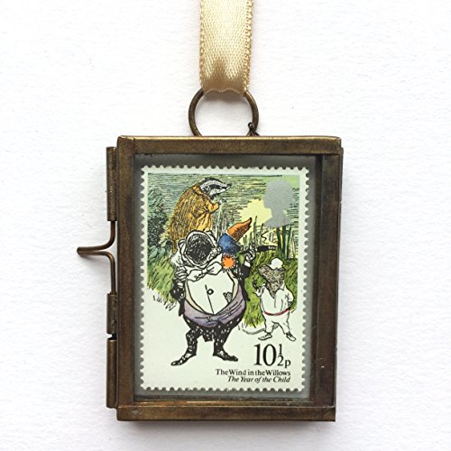 wind-in-the-willows-framed-postage-stamp-gift