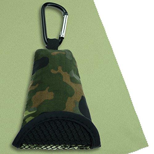 BW Buddy Towel, Microfaser-Tuch, Bundeswehr Flecktarn Hülle, ultra leicht, extrem saugfähig, kompakt, schnelltrocknend & antibakteriell, inkl. Karabiner, Mesh Holster & Trennclip (Flecktarn Grün)