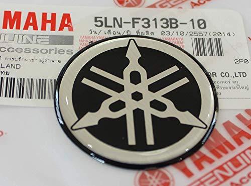 100% GENUINE 40mm Durchmesser YAMAHA STIMMGABEL Aufkleber Sticker Emblem Logo SCHWARZ / SILBER Erhöht Gewölbt Gel Harz Selbstklebend Motorrad / Jet Ski / ATV / Schneemobil