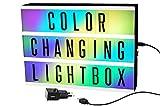 Gadgy ® Cinema LightBox mit Farbwechsel und Adapter A4 | Besondere Vintage Kino Leuchtkasten | LED mit 85 Buchstaben und Symbole Emoji Zahlen | 30x22x5,5 cm. Funktioniert mit Batterien oder Strom