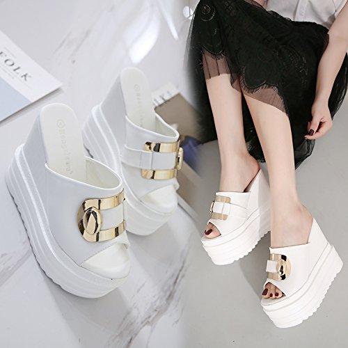 GTVERNH-8.5cm scarpe bianche sandali e pantofole con spessore basso pendio estate high heeled muffin bocca di pesce scarpe metallo fibbia in pantofole,36 Thirty-seven