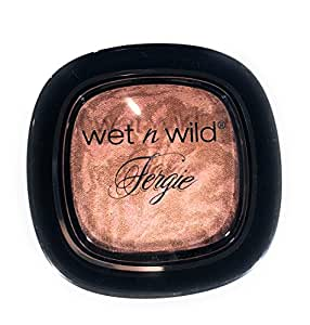 Wet n Wild Fergie Centerstage Collection to Reflect Shimmer Palette A044 Rose Golden Goddess