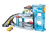 Disney Pixar Cars Coffret Garage Florida 500 pour petites voitures, véhicule Jackson Storm inclus, jouet pour enfant, FWL70