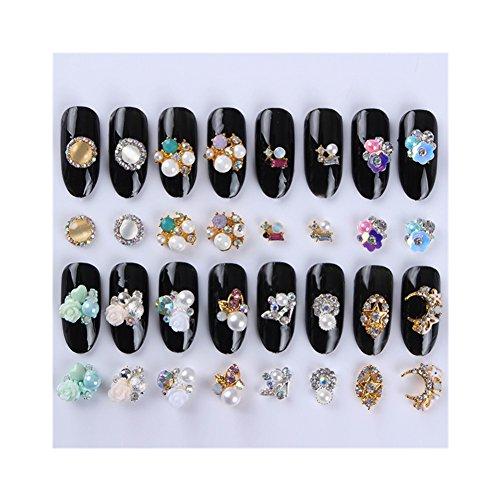 Born Pretty 32Pcs 3D Nail Studs Strass Paillettes des Ongles Fleur Perle Etoile Manucure Nail Art Décorations 16 Modèles