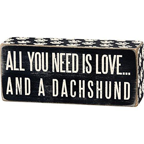 Primitives by Kathy All You Need is Love, und Ein Mini Holz Box Sign-Schwarz & Weiß für Wand Hängen, Tisch Oder Schreibtisch 6-in X 2-in Modern Dachshund -