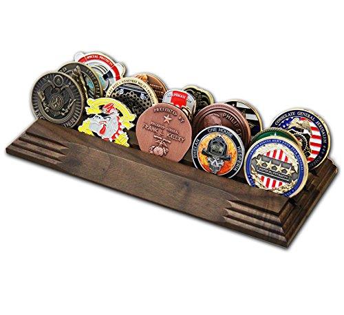 3Reihe Challenge Coin Halterung-Military Coin Display Ständer-Amazing Military Challenge Coin Halterung-Hält 14-19Münzen 3Reihen Made in der USA. (Massiv Walnuss)