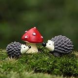 3pcs / Set Fairy Garden Gnomos Moss terrario Artes de la resina Decoración artificial Mini erizo con el Red Dot Mushroom