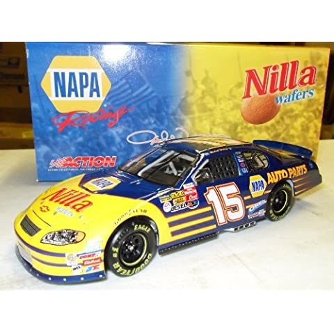 Michael Waltrip NAPA Nilla Wafers 2003 #15 Action Platinum Racing 1:24 Die-Cast Stock Car by NASCAR