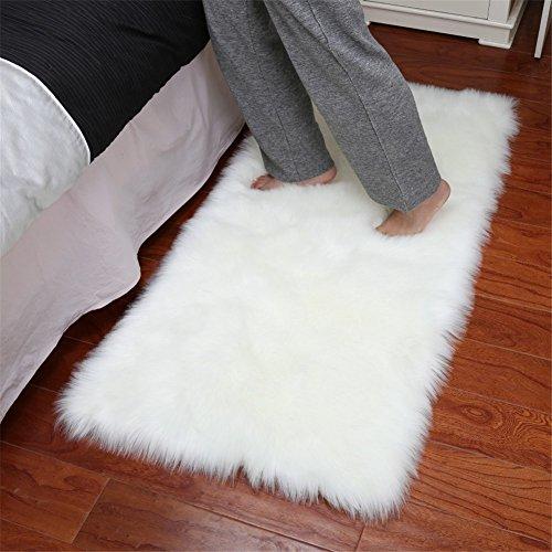 Dikoaina Klassischer weicher Lammfell-Bezug für Couch Hocker Sessel Zottelteppich für Schlafzimmer Sofa Boden Fellteppich 61 x 91 cm 3ft x 5ft (Rectangle) weiß -