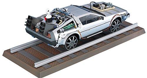 back-to-the-future-iii-plastic-modelkit-1-24-delorean-lk-coupe-e-railroad-aoshima