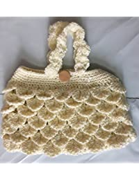 Oyster Handmade Purse Off White Color For Easy Caryy Mobile Phone Or Some Other Assecories Cards Etc