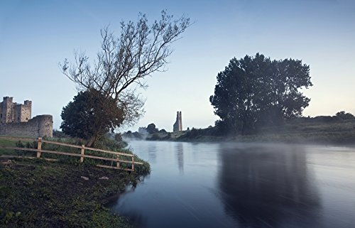 Peter McCabe/Design Pics - Trim Castle Along Banks of The River Boyne Trim County Meath Ireland Photo Print (45,72 x 27,94 cm) Trim Castle