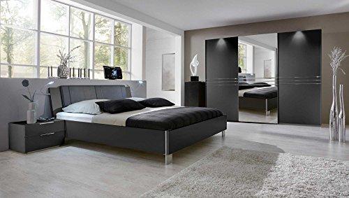 lifestyle4living 3-TLG. Schlafzimmer in Graphit mit chromfarbigen Aufleistungen, Kleiderschrank Breite: 300 cm, Futonbett 180x200 cm, 2 Nachtschränke Breite je: 58 cm