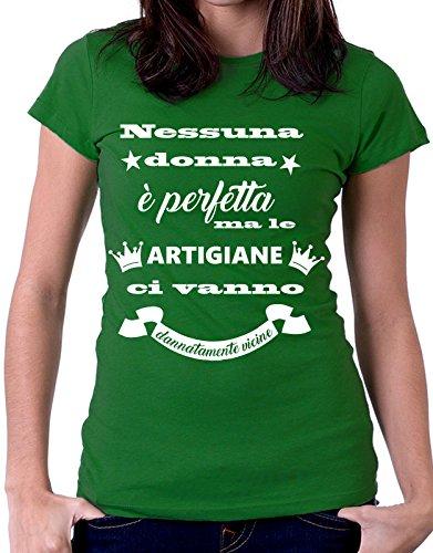 Tshirt MESTIERI nessuna donna è perfetta ma le  artigiane  ci vanno dannatamente vicine - artigiana - Tutte le taglie by tshirteria Verde