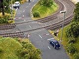 Noch Bahnschranken mit Andreaskreuzen