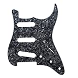 Musiclily Set de 11 trous SSS Pickguard et Plaque Arrière pour Guitare électrique style moderne, Fender (US/Mexique Made) Stratocaster Standard, 4 plis Perle Noir