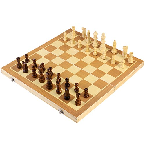 * NEW * Folding Wooden Chess Set with Magnetic Pieces - lovely gift idea