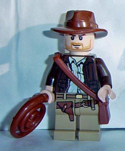 LEGO Indiana Jones: Indiana Jones Minifigura Con El Látigo Y Satchel