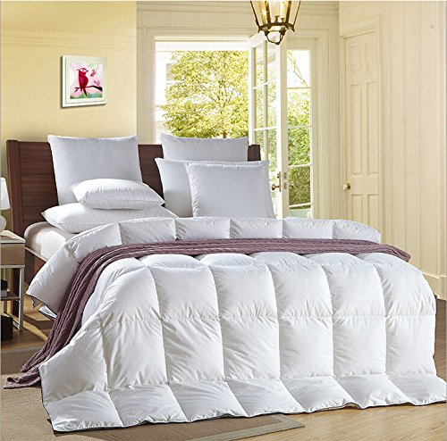 luxury white goose feather down duvet quilt 13 5 tog. Black Bedroom Furniture Sets. Home Design Ideas