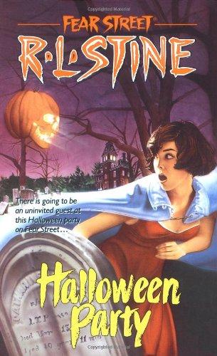 r Street, Band 9) (U Street Halloween)