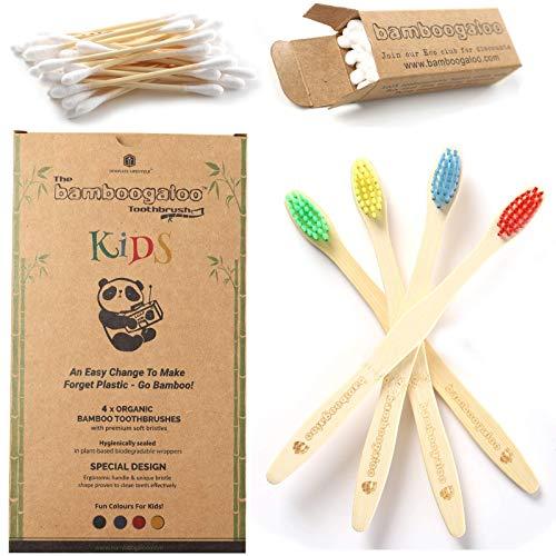 BAMBOOGALOO Cepillos de dientes de bambú para niños | Orgánico y ecológico | Paquete de 4 | Bastoncillos de algodón de bambú gratis | Cepillo de dientes de madera natural niños | Cerdas suaves sin BPA