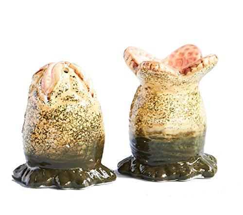 ALIEN Xenomorph Egg Salt and Pepper Shaker Set 1