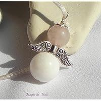 Magie di Trilli - Collana con ciondolo artigianale angelo custode pietra dura: agata bianca e giada rosa, in argento tibetano: regalo per Pasqua e Comunione