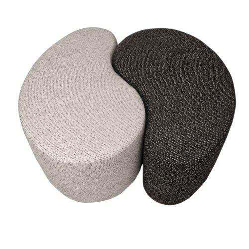 arketicom-pouf-yin-yang-bianco-e-nero-in-poliuretano-espanso-ad-alta-densita-dimensioni-l84-x-l100-x