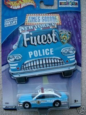 mattel-hot-wheels-2001-164-scale-blue-white-limited-edition-ford-crown-victoria-new-york-times-squar