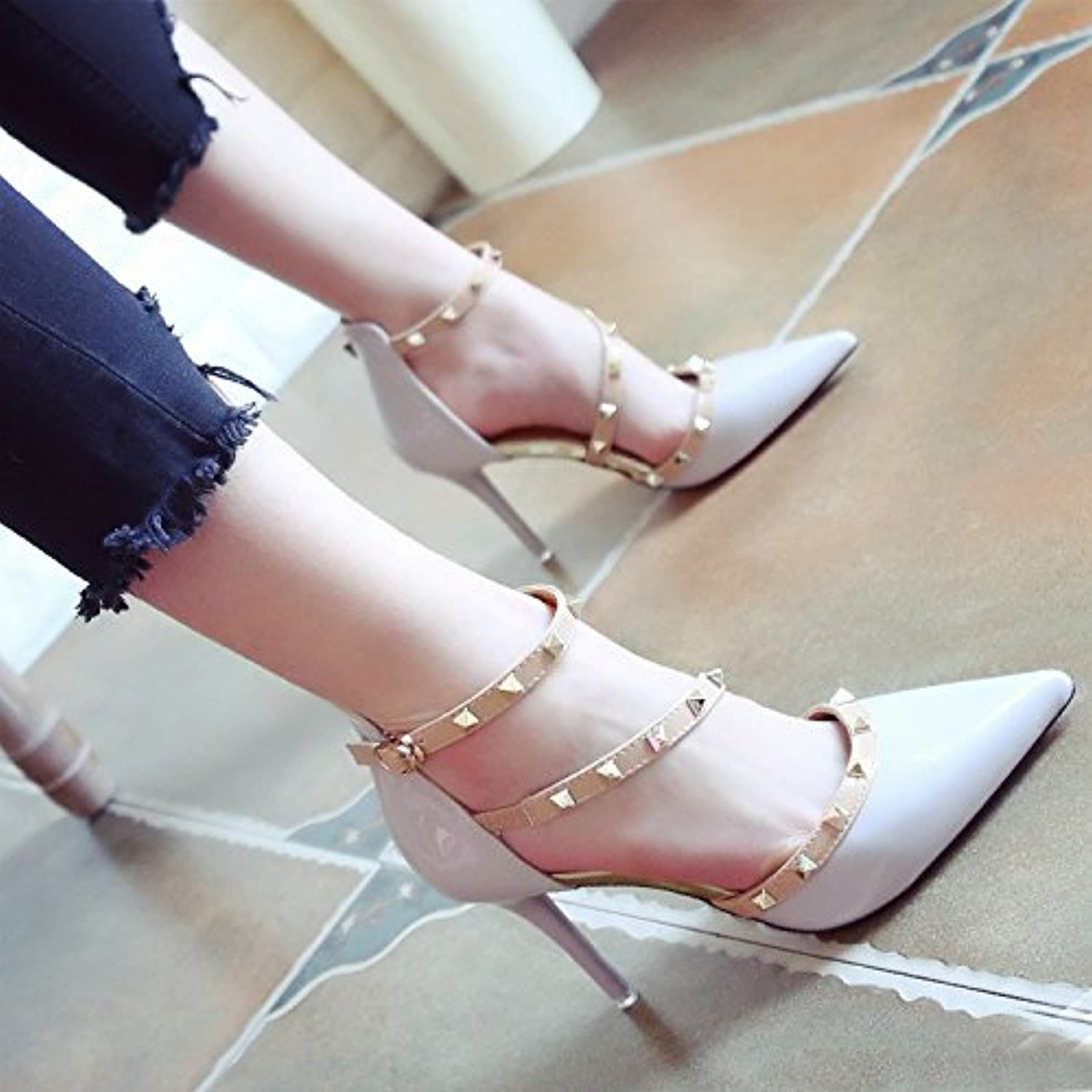 SHOESHAOGE Red Bright Skin Hollow Spring And Summer Shallow Mouth One Word Buckle Fine Heel Heels Fashion Shoesö