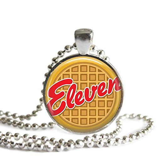 stranger-things-necklace-eleven-eggo-waffle-25-mm-silver-plated-picture-pendant
