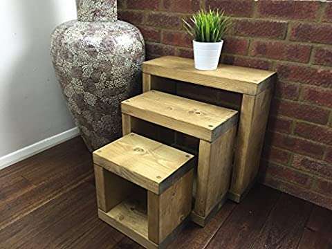 Solid Rustic Handmade Pine CUBE nest / side / lamp / end table, finished in a Chunky Country Oak effect (50cm x 20cm x 50cm) (Light Oak)