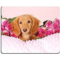 Alfombrilla para ratón de perro salchicha diseño de perro en una cama ...