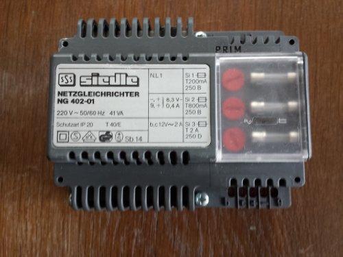 Siedle NG 402-01 Netzgleichrichter für Sprechanlage Netzgerät Netztrafo geb.