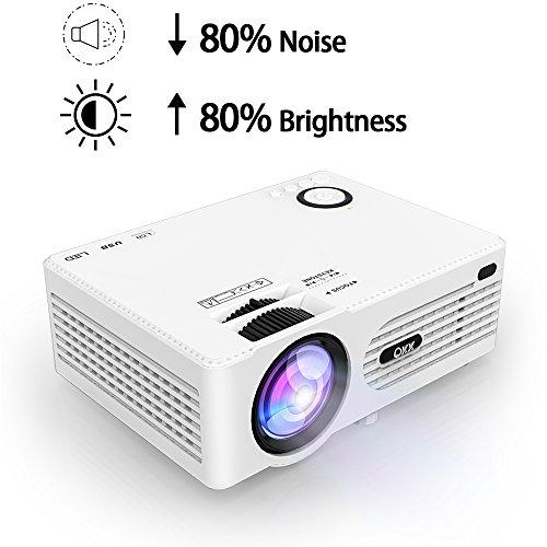 QKK 2200 Lumens LCD Beamer, Mini Beamer, unterstützt 1080P Full HD, HDMI, VGA, USB x 2, SD, AV und Kopfhörer Schnittstelle, inkl HDMI und AV Kabel, Multimedien Heimkino Entertainment, Weiß