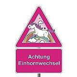 Achtung: Einhorn-Wechsel Deko-Verkehrs-Schild offiziell| Hier wechseln Einhörner über Deinen Weg | Willkommen in Einhornhausen | 210 x 297 mm | Türschild oder als Wand-Deko | Die Geschenkidee für deine beste Freundin zum Geburtstag zur Geburt oder Hochzeit | (Regenbogen)