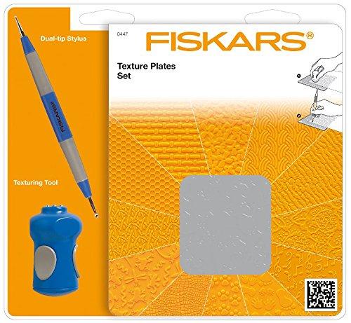 Fiskars Prägeplatten Starter-Set, Mit 6 doppelseitigen Platten und Prägestift, 1003731 (Dreiecke Pergament)