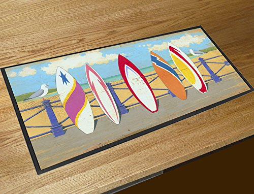 Impreso digitalmente barra de bar con superficie de poliéster con un dorso de goma antideslizante. Perfecto para cualquier bar, recinto, pub o bar de casa.