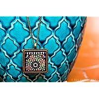 Colgante Alhambra Mosaico Naranja y Verde con Flor Negra 25mm - Regalos originales para mujer - Aniversario - Regalo reyes