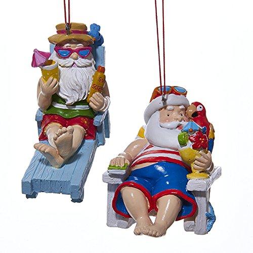 Kurt Adler 1Set 2verschiedene Santa auf Strand und Adirondack Kunstharz Weihnachten Ornaments (Strand Santa Ornament)