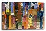 Paul Klee - Vor der Stadt (1915), 120 x 80 cm (weitere Größen verfügbar), Leinwand auf Keilrahmen gespannt und fertig zum Aufhängen, hochwertiger Kunstdruck aus deutscher Produktion (Alte Meister bis Moderne Kunst). Stil: Abstrakte Malerei, Abstrakte Kunst, Expressionismus, Kubismus