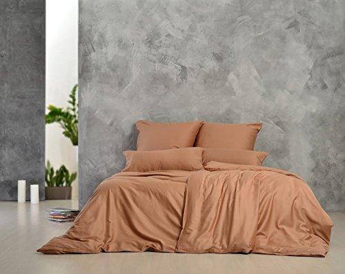 Sei Design® Luxus Bettwäsche aus glattem, seidigem Mako-Satin 100% Baumwolle. Elegante Unifarben zum Kombinieren, mit einem edlen Touch und leichtem Glanz. Kopfkissenbezüge sind mit hochwertigem aufgesticktem Logo veredelt