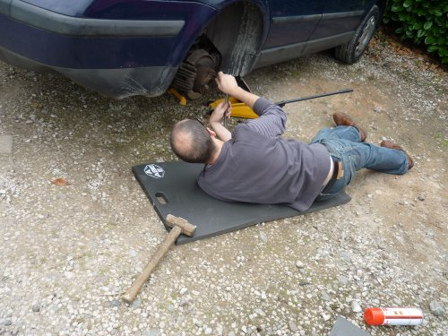ideal-xmas-present-for-him-keep-dry-mechanics-work-mat-free-delivery-in-uk-mainland