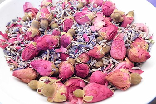 Romantische Mischung (Lavendel & Rosenknopse Potpourri Ein luxuriöses & romantisch mischung aus Lavendel blumen & Rosenknospen mit zugefügten ätherische Öle von Lavendel & Rose Otto Liebliche duftend & alle natürlichen)