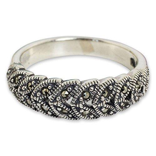 NOVICA  -  Sterling-Silber 925  Sterling-Silber Runder Brilliantschliff    keine Angabe Marcasite