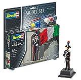 Revell Modellbausatz Figuren 1:16 - Carabinier im Maßstab 1:16, Level 3, originalgetreue Nachbildung mit Vielen Details, , Model Set mit Basiszubehör, 62802
