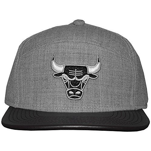 Mitchell And Ness - Casquette 6 Panel Hybrid Homme Chicago Bulls Refine - Grey Heather