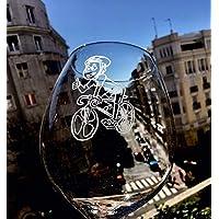 TOP DE VENTAS ¡ Copa de vino PERSONALIZADA.Grabada con dibujo de BICICLETA. REGALO PERFECTO PARA UN AMIGO. Grabada a mano , una a una. No se estropea con el uso. Se acordará toda la vida¡