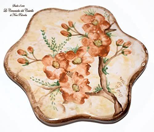 Sottopentola Linea Fiori di Pesco Realizzato e dipinto a mano Le Ceramiche del Castello Made in Italy Pezzo Unico dimensioni 17 x 17 centimetri